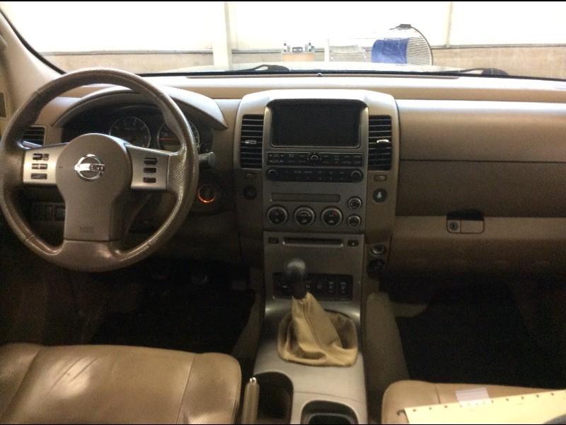 Nissan Pathfinder  NPF72N