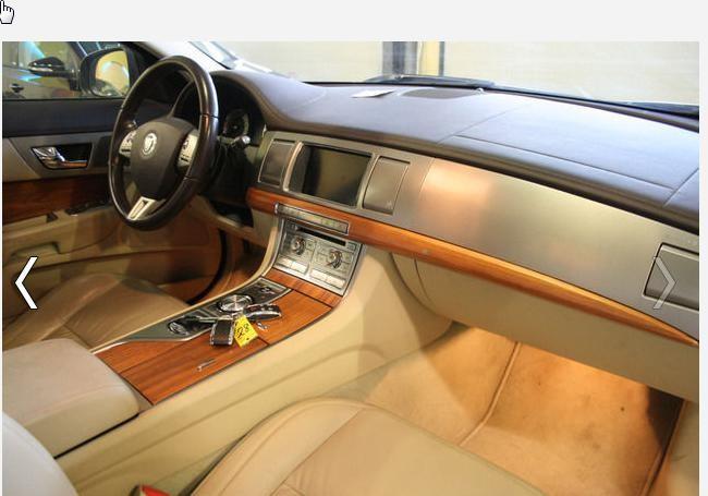 Jaguar XF - JXF00J4