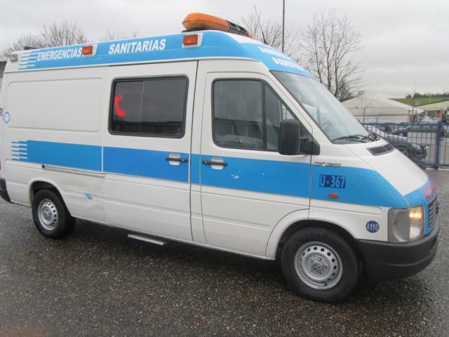Ambulance - VWHB44