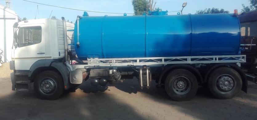 Mercedes Vacuum Truck - MVUT45
