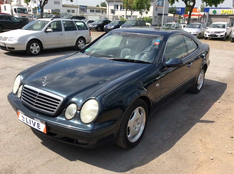 Mercedes COUP - CLK200K