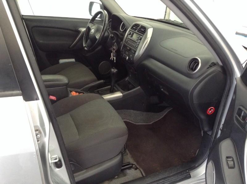 Toyota RAV4 - TRV2L
