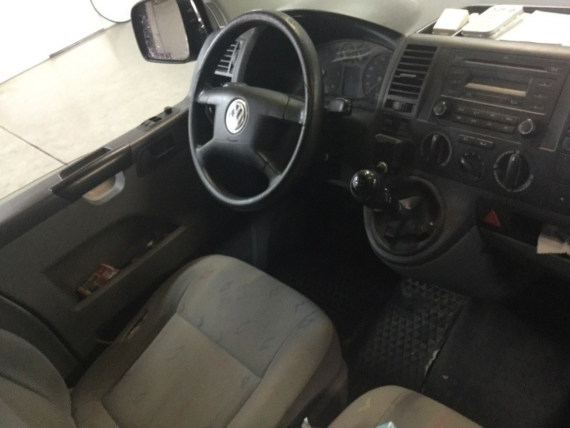 VW Transporter - VWT5X4