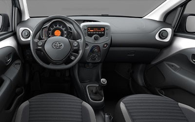 Toyota Small car New - TYG222