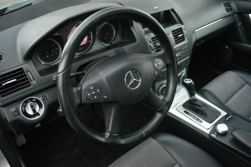 Mercedes Benz C Class - MBCGR4