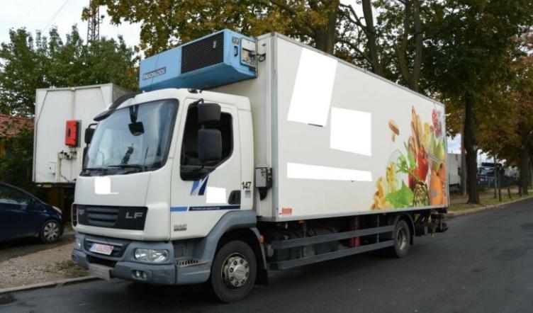 Refrigerator Truck - DFR88X