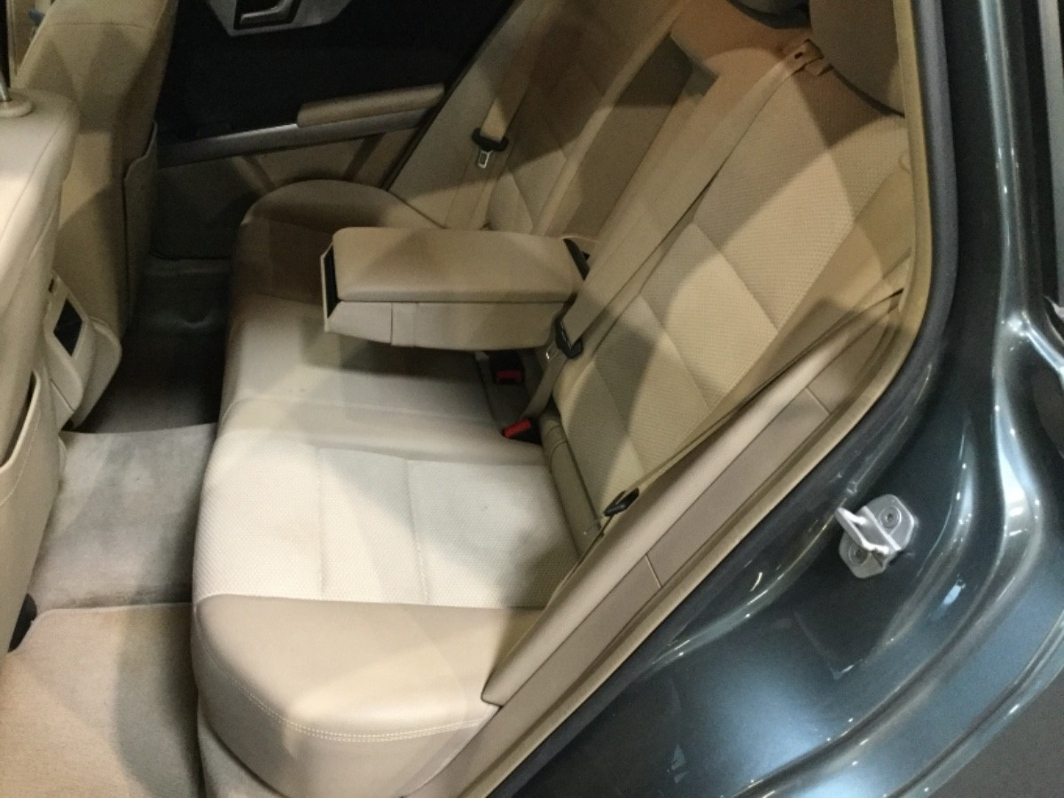 Mercedes GLK250 SUV - MGLV44