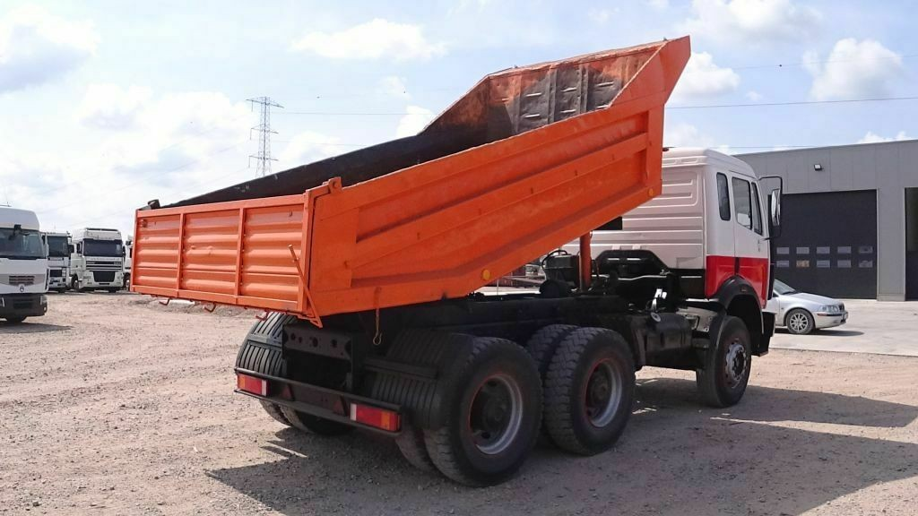 Tipper Truck for sale in Germany - MBT496