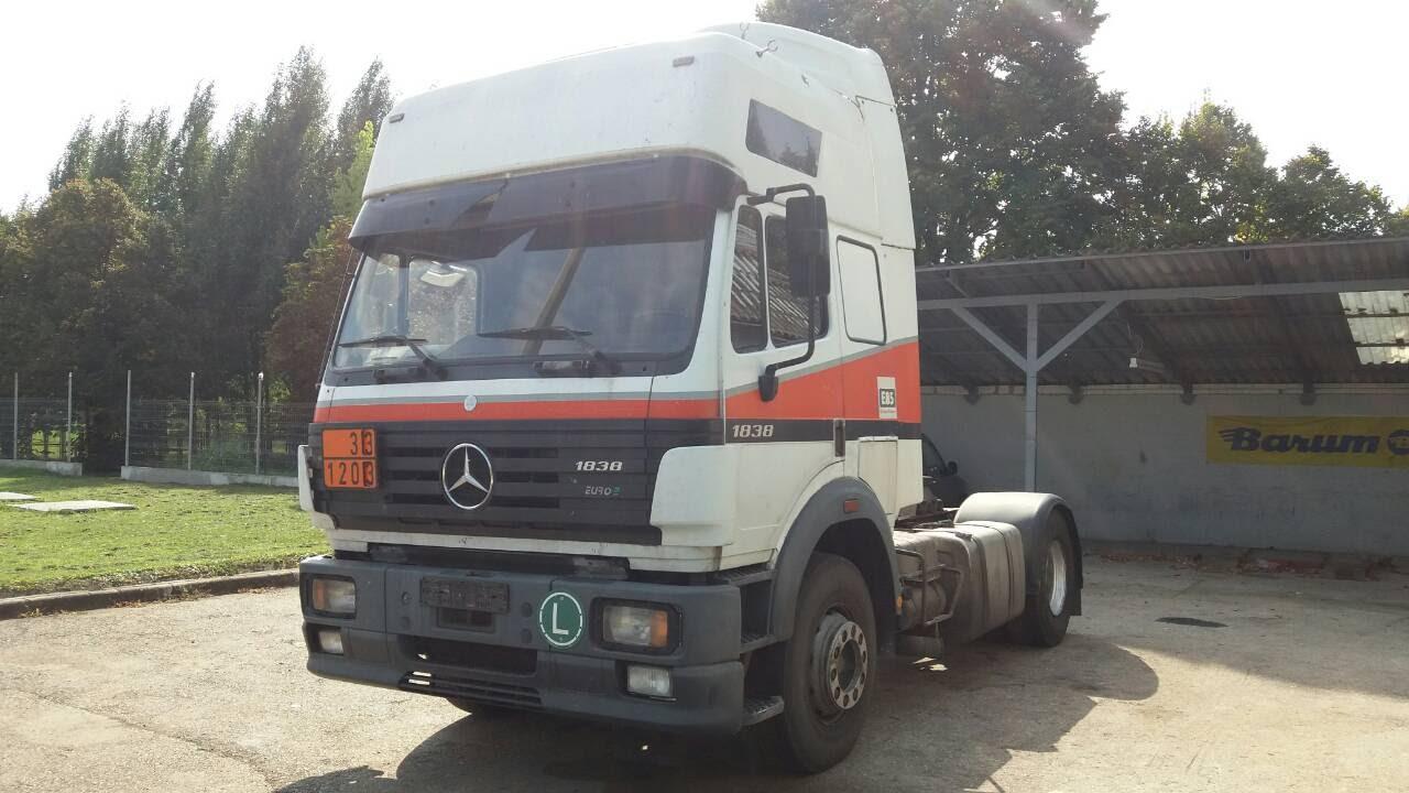 Mercedes Tractor Truck. SK1838M