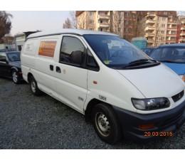 Mitsubishi Van - ML400M